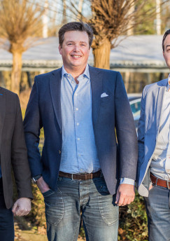 Mark Aerts en Koen Hendrikx van EuroSys en Lodewijk Van Klaveren van Veeam
